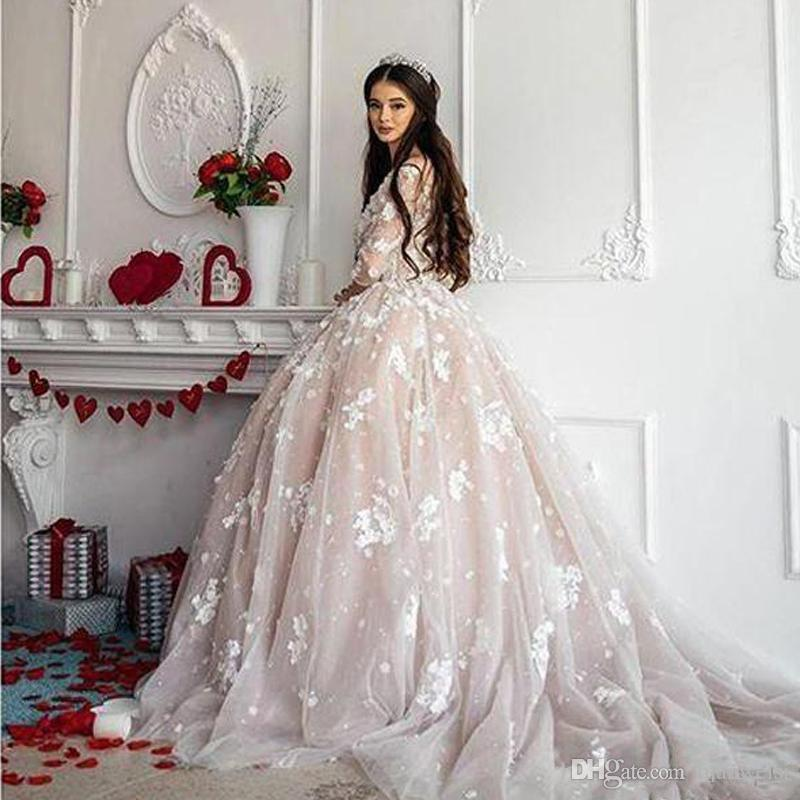 Vestido De Baile Vintage Lace 2019 Vestidos De Noiva Vestidos De Noiva 3D Appliqued Floral 3/4 Manga Longa Colher Pescoço Beads Plus Size Vestido De Noiva