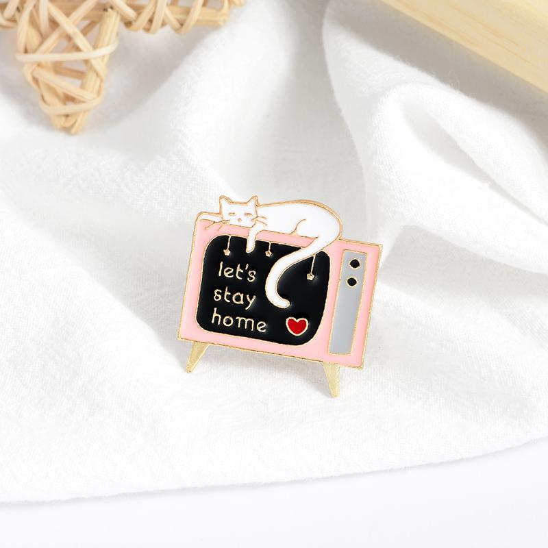 Let's Stay Home Pin Animal Cat TV Brooch Cartoon Television Radio Childhood Fashion Bag Clothes Button Badge Jewelry Gift to a Friend Enamel
