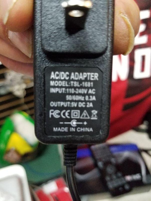 5V 2A 새로운 AC 100V-240V 변환기 어댑터 DC 5V 2A 2000mA 전원 공급 장치 DC 5.5mm x 2.1mm android TV BOX