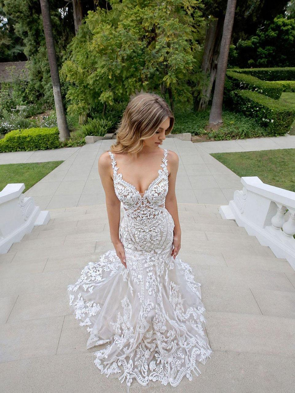 Sexy Spaghetti Open Back Mermaid Plus Size Wedding Dresses Vintage Lace Appliques African Beach Bohemian Bridal Gown Wed Dress Wed