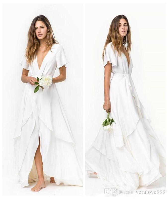 Romantic Beach Bohemian Brautkleider Slits Röcke Günstige kurzen Ärmeln tiefem V-Ausschnitt Layered Zug Chiffon Brautkleider