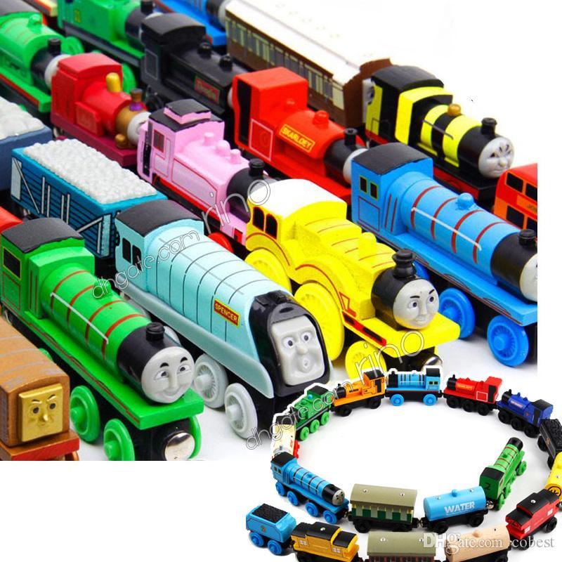 القطارات الصغيرة الخشبية الكرتون ولعب 75 أنماط القطارات الأصدقاء القطارات خشبية السيارات لعب أفضل هدايا عيد الميلاد DHL شحن مجاني
