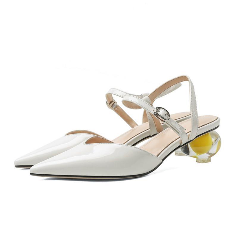 Nouvelles en cuir véritable talon bas Femmes Chaussures Talon Pointu Toe Étrange Femmes Sandales Chaussures d'été de haute qualité