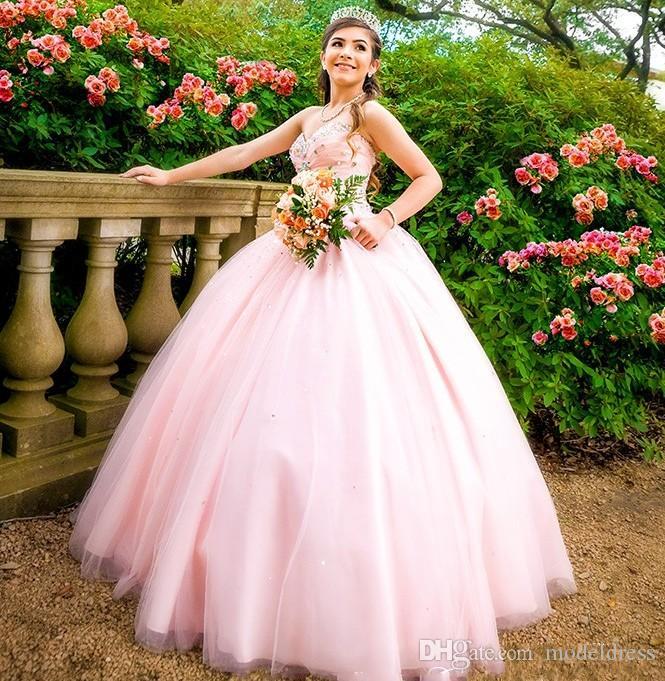 2019 Baby Pink Ball Gown Quinceanera Abiti Sweet Heart Perline di Cristallo Prom Party Gowns Per Sweet 15 abiti da 15 anos Plus Size