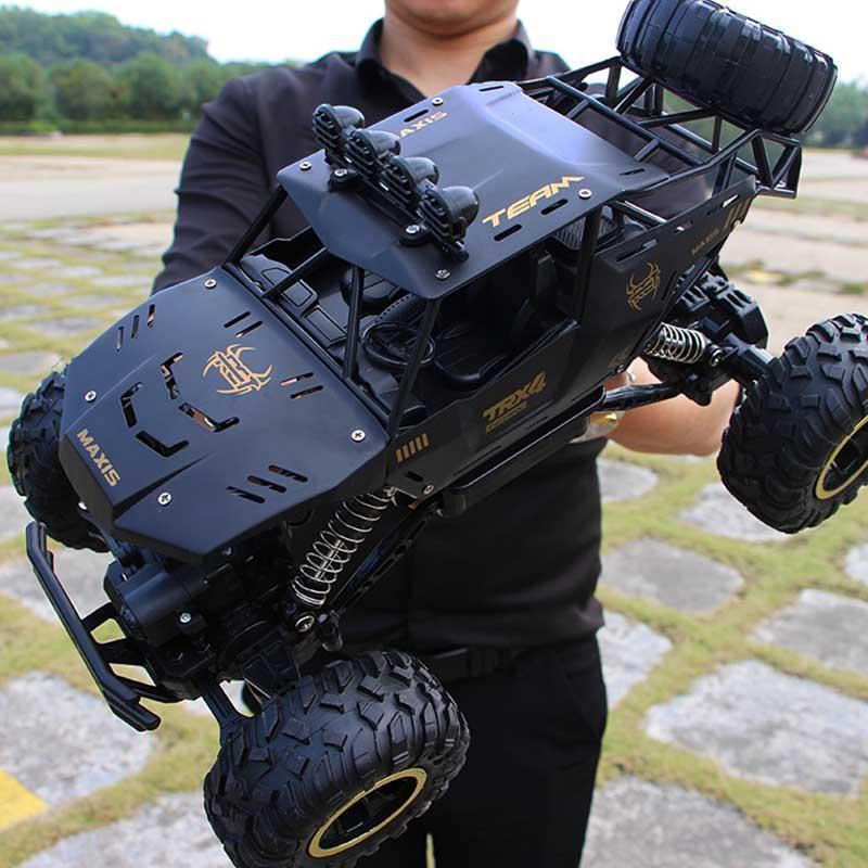 조명 1시 16분 원격 제어 로봇 어린이 장난감 하나 개의 버튼 변형 어린이 장난감 RC 큰 자동차 운전 스포츠 자동차 모델 변형 차
