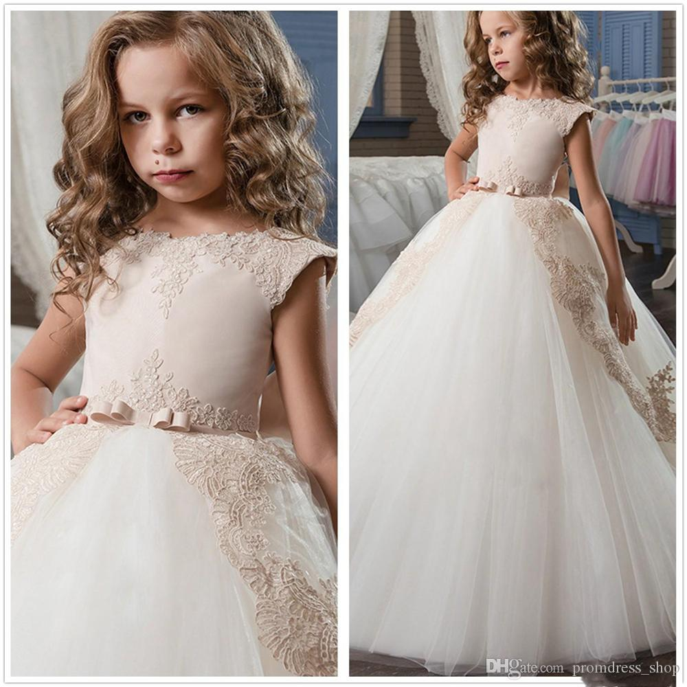 Elegant Cap Seeves Lace A Line Flower Girl Dresses Tulle Applique Bow Sash Floor Length Gilrs 'Pageant Party Dresses