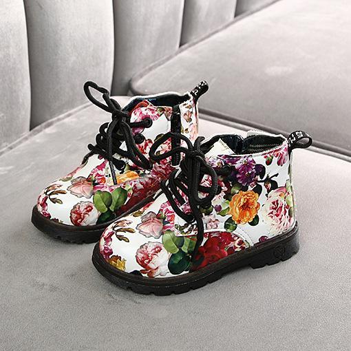 بنات مصمم أزياء العلامة التجارية أحذية أطفال زهرة Prined جولة تو مارتن أحذية للأطفال فاخرة احذية عادية مع زيبر 2020 الجديدة