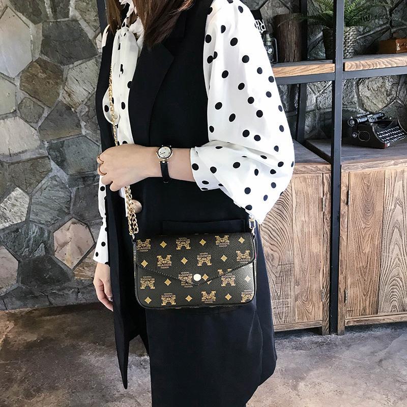 Mulheres Handbag 2020 New coreano Moda Cadeia Casual Ombro Mensageiro clássico Marca Bag famoso designer Crossbody Bag