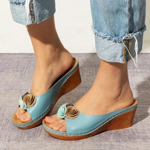 Rom Freizeit Sandalen Frauen zwängt Sandelholz-Blumen öffnen Zehe-Fisch-Mund-Med-Sommer-Frauen Schuhe Mode 2020 High Heel-Schuhe