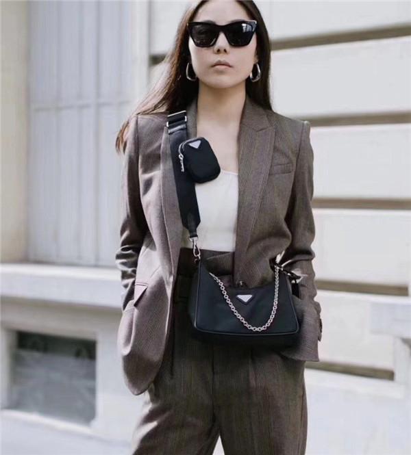 Küresel Ücretsiz Kargo Klasik Luxurysss Aksesuarları Çift Çanta Seti Kumaş Omuz Çantası Yüksek Kalite Metal Zinciri Bez Boyut 23cm 16cm 6cm