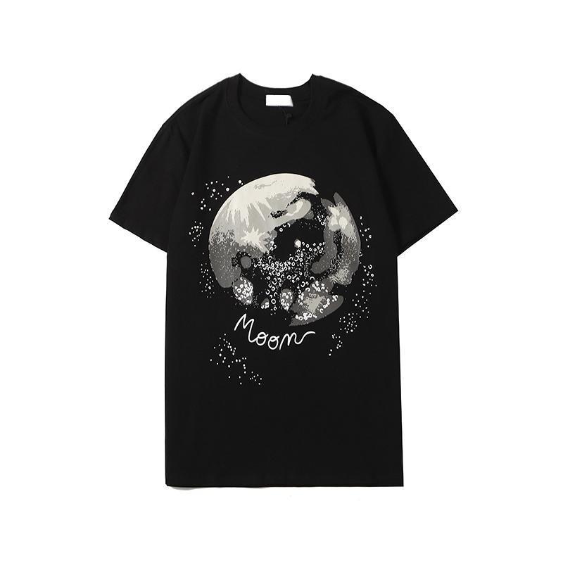 Designer Men's & Women's T-Shirt 2020 New Arrival Mens Summer Shirts Fashion Crew Neck Breathable Men Clothing 2 Colors Size S-2XL Wholesale