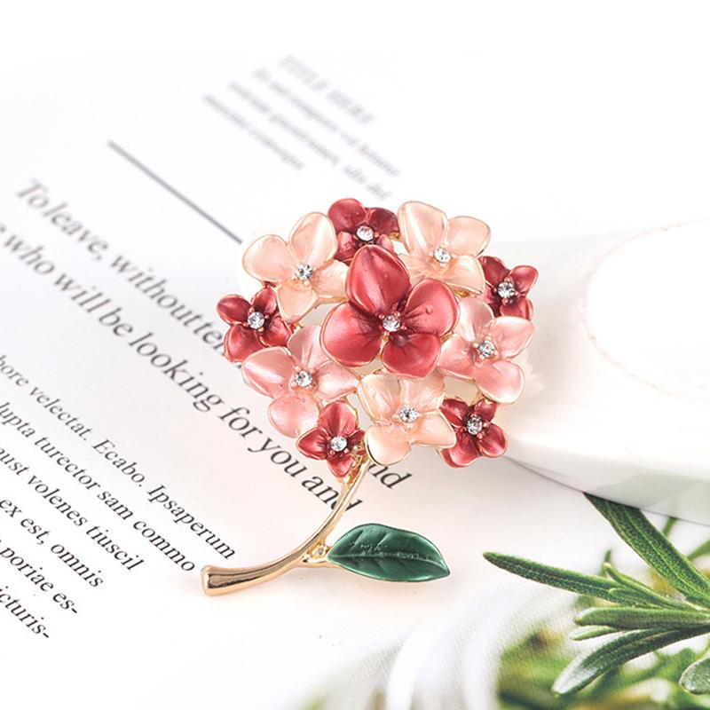 Fashion 2020 Elegant Pink Crystal Flower Brooch Rhinestone Jewelry Brooches For Women Wedding Scarf Jewelry Vintage Lapel Pins