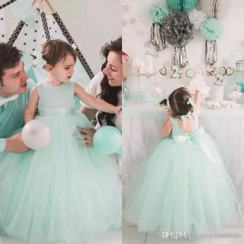 Lovely 2020 Mint Tulle Ball Gown Flower Girl Dresses For Weddings Jewel Cut Out Back Bow Sash Floor Length Birthday Party Gown