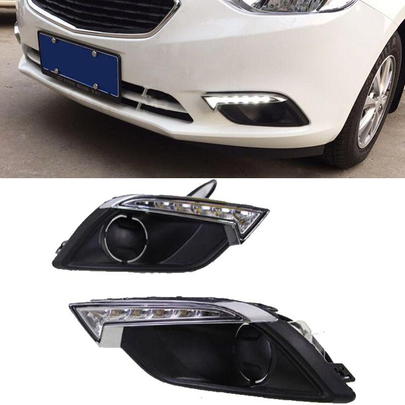 Chevrolet Chevy yelken 3 2014 2015 2016 LED Gündüz Işıklar DRL Sis Lambası Beyaz Sarı araba farları için 2xCar Yanıp sönen DRL