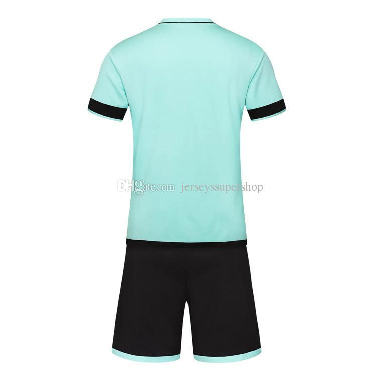 FC récent 2019 20 Maillots Maillots Hommes Football Hot Sale Porter Football Costume Bleu bébé