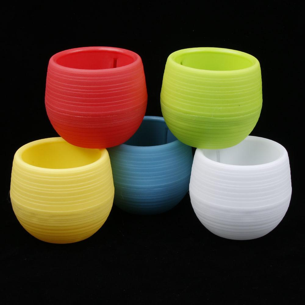 1 Pc Mini Colourful Round Plastic Plant Flower Pots Home Office Planter Decorative Crafts Garden Decor 2018 New Hot Sale C19041901