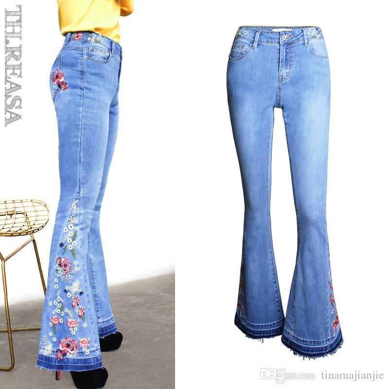 Compre 2019 Nuevos Pantalones Acampanados Mujer Flare Jeans Ajustados Mujer Pierna Ancha Para Mujer Pantalones De Mezclilla Cintura Media Bordado De Flores A 16 98 Del Tinamajianjie Dhgate Com
