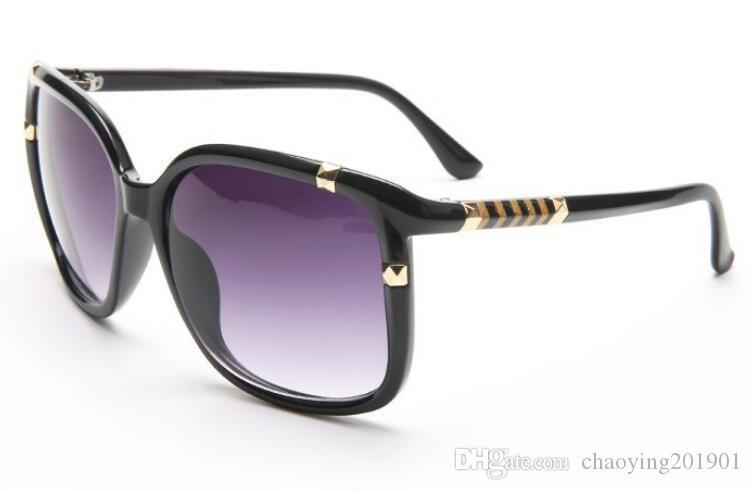 Lüks Tasarımcı Moda Yüksek Kalite Güneş Kadınlar Marka Vintage Güneş Kadın Shades Büyük Çerçeve Stili Gözlüğü 8020 gözlük