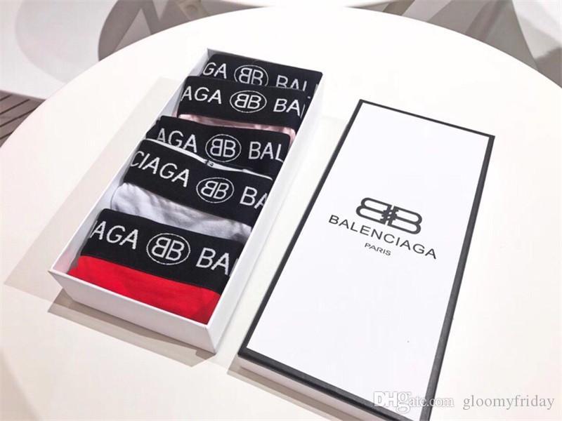 Bleu Noir Blanc Gris Rose Rouge 5 Pièces Sous-Vêtements Costume Pour Femmes Classiques Tous Cottn Simple Joker Tous Les Jours Briefs Avec Boîte-Cadeau