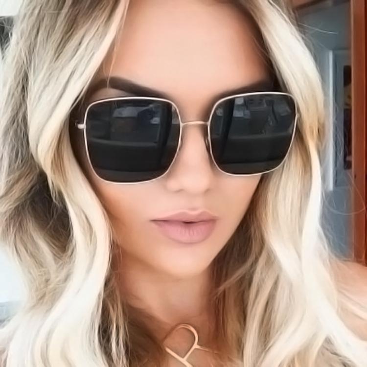 Occhiali da sole quadrati Retro Lega Donne Telaio grande sole Occhiali vintage Gradient Maschio Oculos Feminino