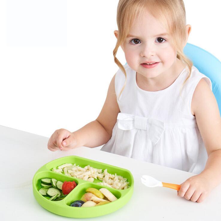 Bebé de silicona Placa de Silicón succión bandeja antideslizantes mini niños de la estera comida para niños Frutas bandeja del niño Conjunto LXL1024