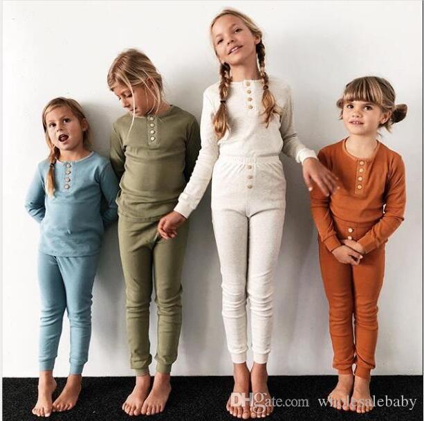 Детские пижамы Детские девочек Одежда Мальчик Твердая Sleepsuit с длинным рукавом Брюки Нижнее белье девушки Ночное младенца Детская одежда Комплекты C4210