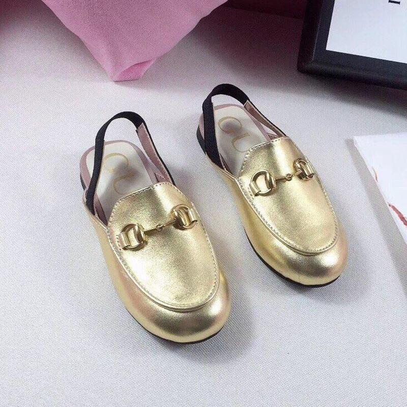أعلى جودة ألبسة للأطفال الصنادل مصمم أطفال صنادل للبيع 5 ألوان طفل بنات صنادل صيفية حقيقية جلد الاطفال الأحذية