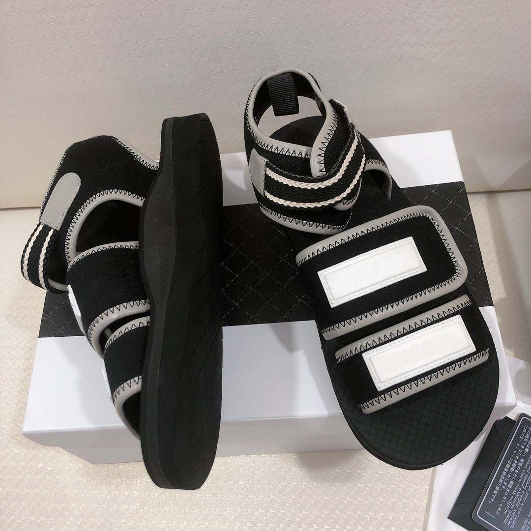 2019 nuovi sandali delle donne di stilista con scatola sacchetto della polvere progettista scarpe gancio ad anello di lusso scivolo estate ampia sandali piatti pantofola 34-40