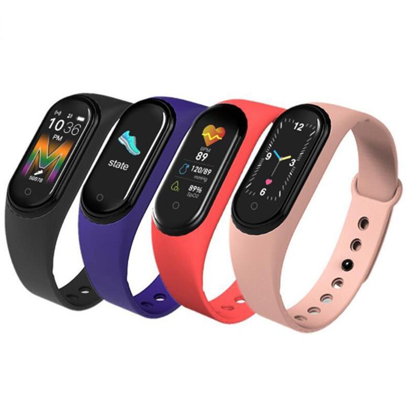 M5 Sport Fitness Call Tracker smart watch bracciale colorato Smartband pressione sanguigna schermo frequenza cardiaca intelligente banda Wristband con la scatola al minuto
