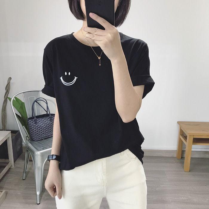 Siyah güler yüz tişört kadın pamuk gevşek tişört nakış nakış yuvarlak yakalı temel kısa kollu üst yaz 2020