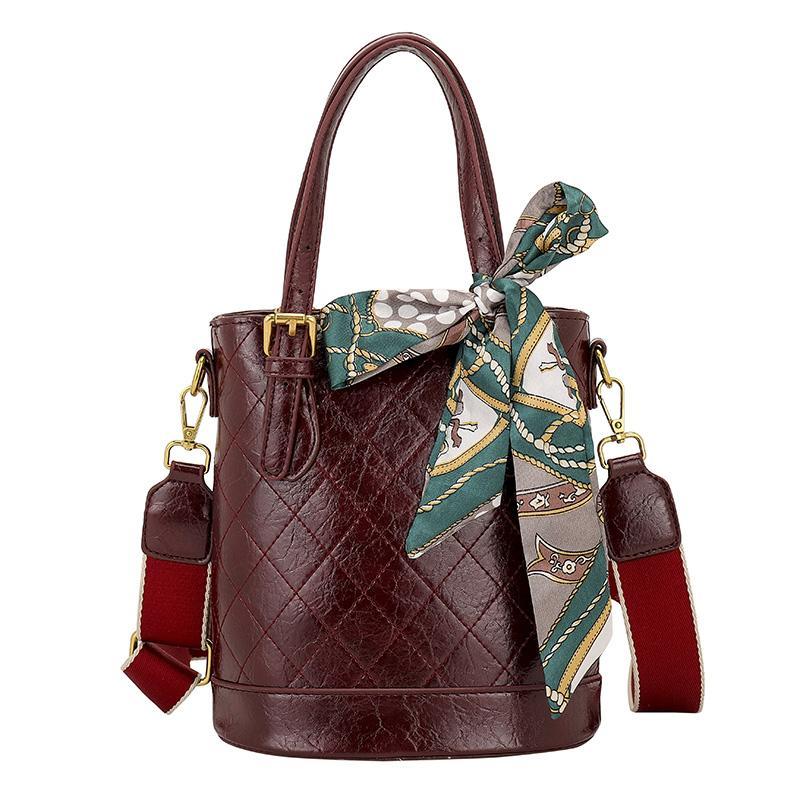 Kaliteli Bayanlar Bolsas Çanta Feminina Omuz Çanta Kadın Deri Yüksek Çanta Kadınlar Valenkuci Çantaları için Crossbody Whhuh
