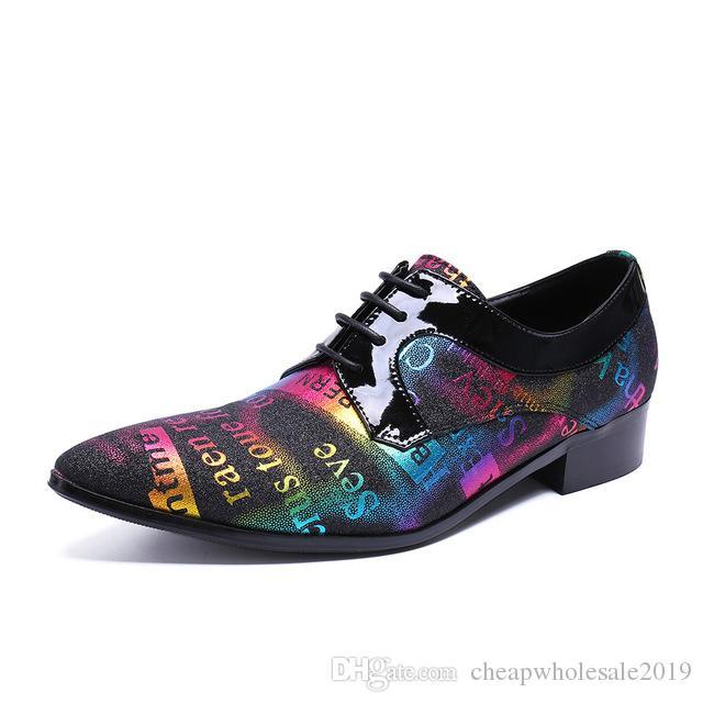 Estampado de zapatos de hombre Zapatos de boda Oxfords de moda italiana Moda clásica Oficina Hombres Zapatos de vestir de negocios Carta