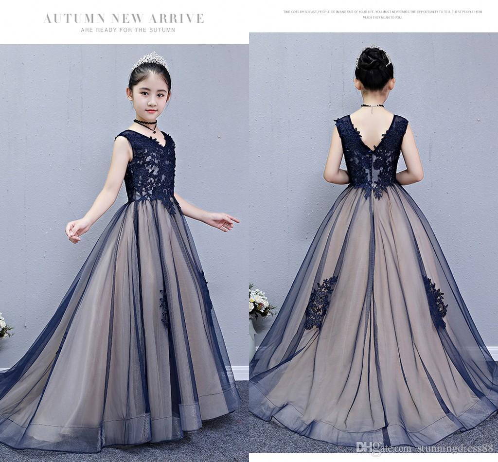 Sexy 2020 navy Champagne Flower Girls Dresses For Wedding V neck Applique Beaded Princess For Kids Little Girl First Communion Dress