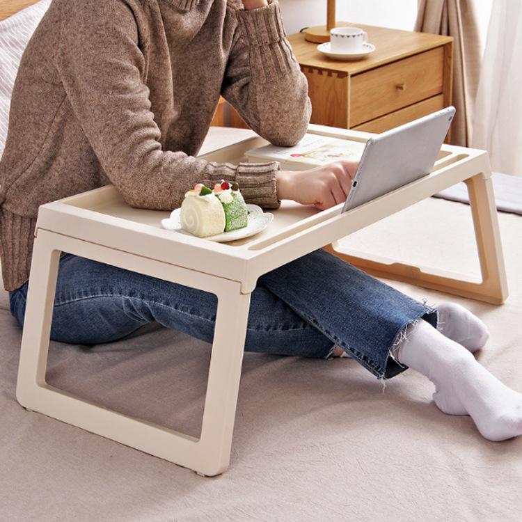 Creativo Simple y práctico portátil portátil Mesa plegable simple sofá cama Dormitorio estudiantil Lazy Study Table