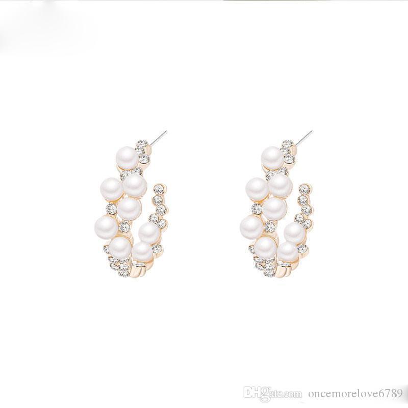 New Pearl orecchini a cerchio di monili delle donne Leggero perla di Faux rilievo orecchini aperta del cerchio ciondolano gli orecchini nuziale
