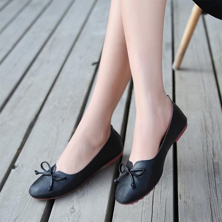 34 ~ 43 Artı Boyutu Yaz Nefes Delik Ayakkabı Bayan Deri Moccasins Tek Ayakkabı Bayanlar Loafer'larda Kayma Kadın Bale Daireleri
