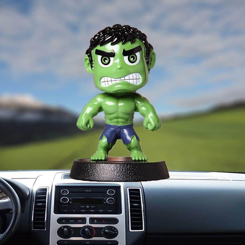 Boneca carro enfeites Abanar a Cabeça Auto Acessórios Plastic criativa Hulk es dos desenhos animados Toy Car Painel Decoração