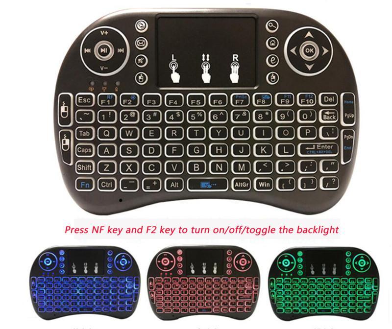 Rii لI8 2.4GHZ لماوس لاسلكي الألعاب لوحات المفاتيح الأبيض الخلفي متعدد الألوان الخلفية ماوس التحكم عن بعد للتلفزيون الروبوت صناديق MXQ محترفين X96 DHL