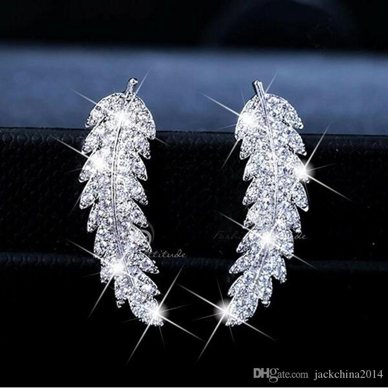 2019 nuovo arrivo vendita calda gioielli di lusso in argento 925 pavimenta bianco zaffiro diamante cz foglia di piume orecchino a perno per le donne giift