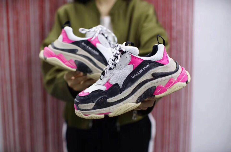 Yeni Üçlü S Tasarımcı Düşük Yeni Varış Sneaker Kombinasyonu Tabanı Botları Erkek Kadın Koşucu Ayakkabı En Kaliteli Spor Rahat ayakkabı