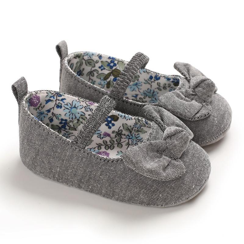 Zapatos del niño de los bebés del verano antideslizante de cuero partido del arco calzado transpirable Princess 0-18m