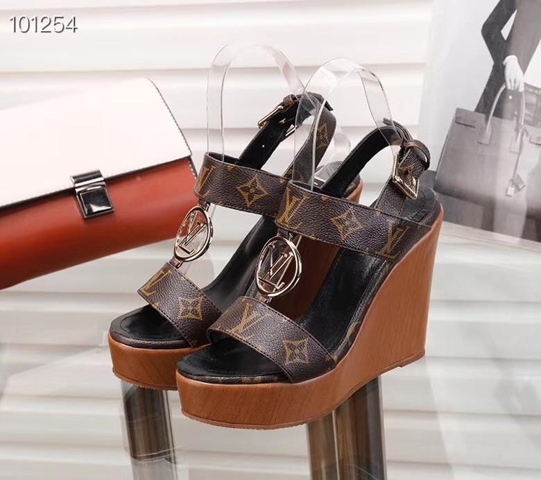 wwL2 Mulheres com caixa de sandálias das mulheres LONGE cunha de couro verdadeiro salto alto sandália 34-40 chinelos transparentes deslize sandálias flip flops