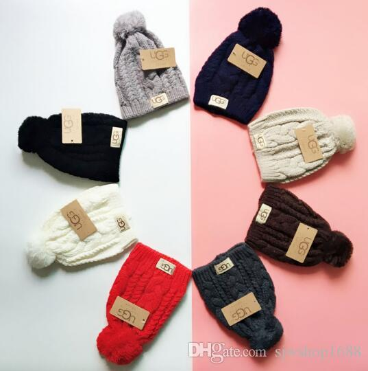 New Design Fashion Hot Sale Winter And Autumn Hair Ball Hat High Quality Warm Cap Men Women Cap Knitted Wool Hat Elastic Adjustable U11221