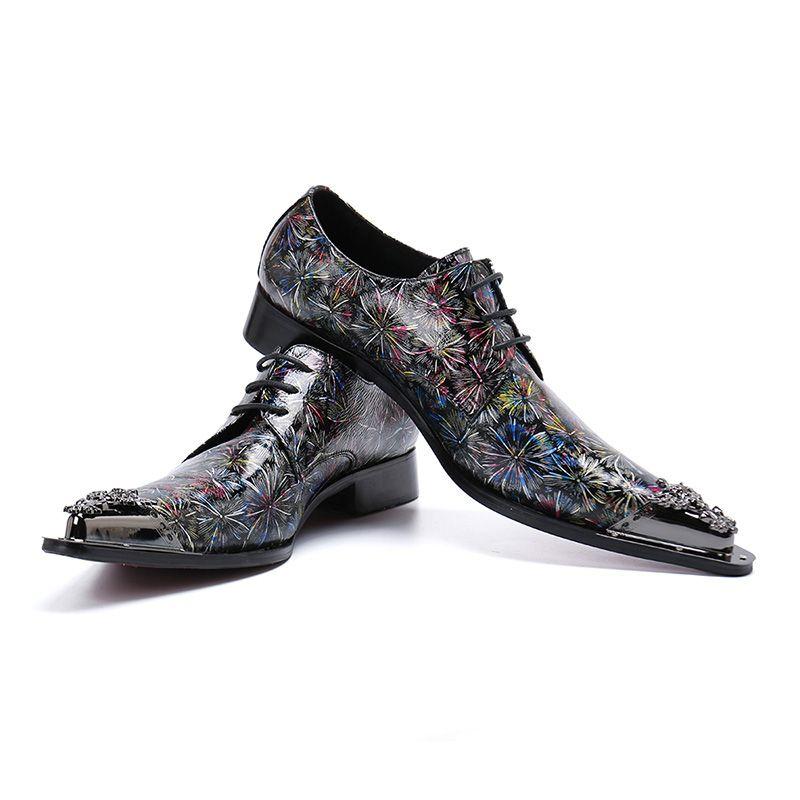 Zapatos de estilo de los hombres del estilo de Italia Punta de metal puntiaguda Color Zapatos de vestir de cuero Zapatos de fiesta formales con cordones
