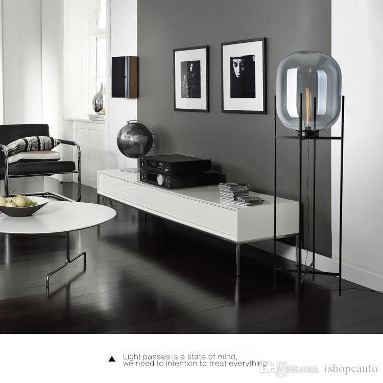 Postmodern minimalist atmosferik cam zemin lambası Işık lüks yaratıcı sergi salonu Oturma odası çalışma kişilik lamba kavun masa lambası