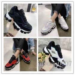 2020 donne degli uomini dello stilista Casual Scarpe Sneakers Cushion Triple S 3.0 Combinazione di azoto Suola di cristallo inferiore papà dei pattini casuali H131