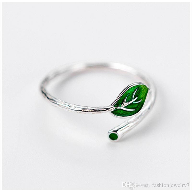new design popular adjustable Punk rings Creative green foliage shaped Rings leaf finger rings for beautiful women