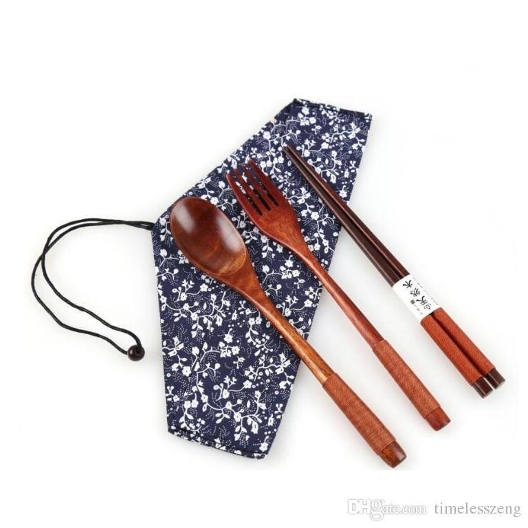 3 PCS / SET Juego de cubiertos de madera ambientales portátil Cubiertos japonesas para los regalos de Tenedor Cuchara Palillo Vajilla de vajilla para el estudiante