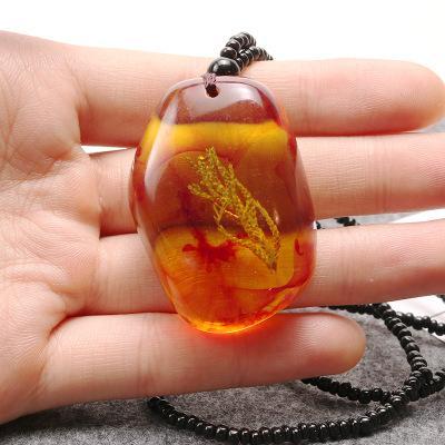 Naturstein Anhänger Halskette Harz Brasilianische Natürliche Botanische Organische Pflanze Imitation Bernstein Halskette für Frauen Männer Schmuck Geschenk Großhandel