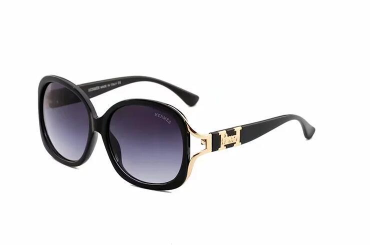 2019 Luxe Desinger Lunettes de soleil carrées avec UV400 Stamp Full Frame Lunettes de soleil pour Femmes Hommes Accessoires de mode de haute qualité 4161